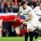 Lenglet y Correa, en el Sevilla-Bayern Múnich (EFE)