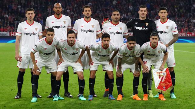El once del Sevilla en el Allianz Arena ante el Bayern (Foto: Reuters).