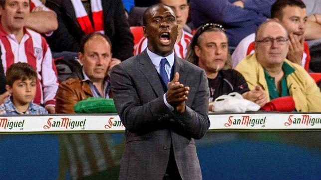 Clarence Seedorf, entrenador del Deportivo de La Coruña, durante un encuentro de LaLiga (EFE)