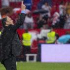 Joaquín Caparrós, durante el partido contra el Alavés (Foto: J. J. Úbeda)