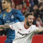 Layún celebra el gol anotado ante el Real Madrid (Foto: Raúl Doblado)