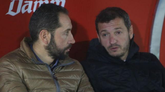 El director deportivo del Girona, Quique Cárcel, junto a Pablo Machín