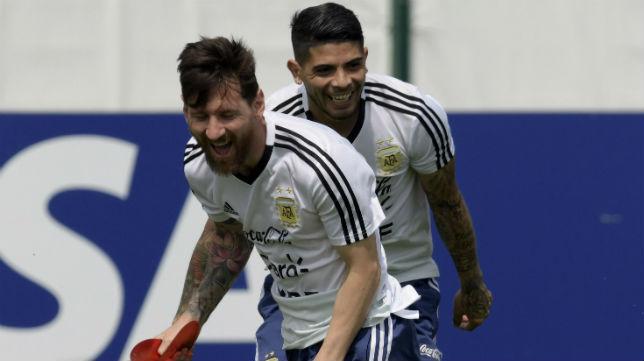 Messi y Banega, durante un entrenamiento de Argentina (AFP)