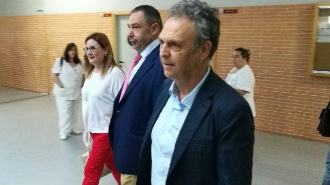 Joaquín Caparrós, en un acto celebrado en la Facultad de Comunicación (Foto: J. P.)