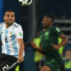 Mercado en un lance del Argentina-Nigeria del Mundial