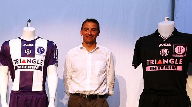 Olivier Sadran está negociando con algunos equipos ingleses por Diop