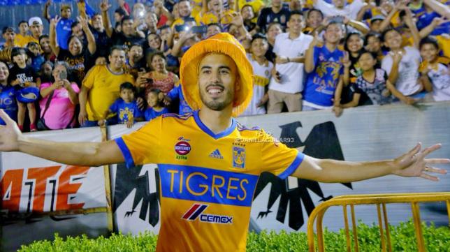 Guido Pizarro, durante su presentación con Tigres