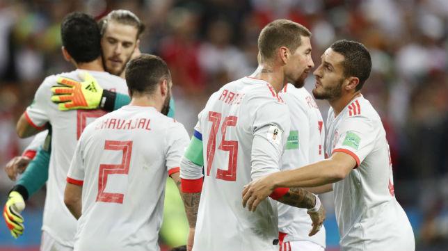 Los jugadores de la selección de España, durante un partido del Mundial (EFE)
