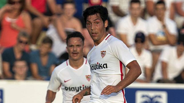 Borja Lasso, en un lance del amistoso entre el Sevilla FC y el Bournemouth (foto: LOF)