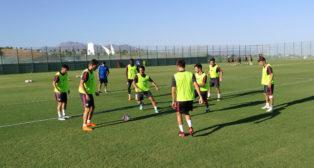 Instante del entrenamiento del Sevilla en Benidorm de este jueves