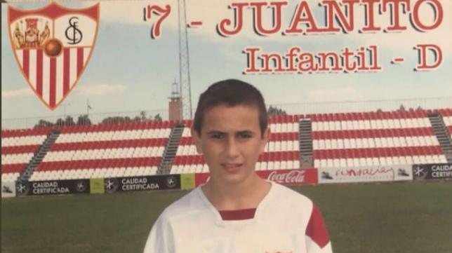 Juan Muñoz, en su etapa de Infantil en el Sevilla FC