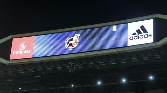 Videomarcador del estadio Santiago Bernabéu (foto: Matias G. Rebolledo)