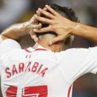 Sarabia se lamenta tras una ocasión fallada en el Sevilla-Barcelona de la Supercopa (foto: EFE//José Manuel Vidal)