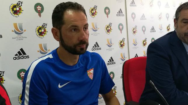 Machín, durante la rueda de prensa previa a la Supercopa de España