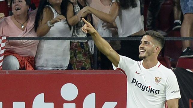 André Silva celebra uno de los goles ante el Real Madrid (Foto: AFP).