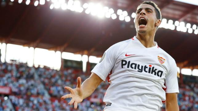 Ben Yedder celebra uno de sus goles en el Sevilla-Standard de Lieja