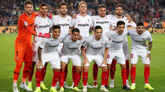 Once inicial del Sevilla FC en el Camp Nou (Reuters)