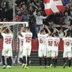 Celebración de los jugadores del Sevilla FC tras la victoria ante el Espanyol. Foto: LaLiga