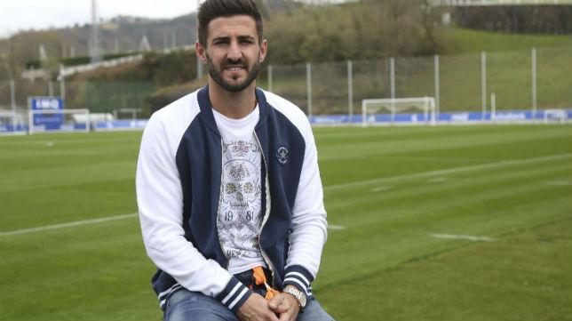 Raúl Navas, en la ciudad deportiva de la Real Sociedad (Diario Vasco)