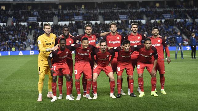 La alineación titular, en el Real Sociedad-Sevilla (Juan Manuel Serrano Arce)