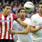 Escudé y Fazio, centrales del Sevilla FC, en un encuentro de Liga de la temporada 201-12 (MARCA)