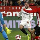 Aleix Vidal, en un lance del Sevilla-Athletic (Manuel Gómez)
