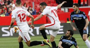 André Silva y Sarabia, en el Sevilla-Lazio (Manu Gómez)