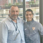 Ben Yedder con Azzedine Meguellatti, el entrenador que más le influyó en sus comienzos