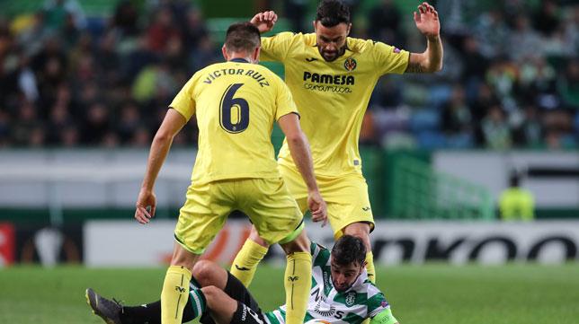 Iborra, durante el partido entre el Villarreal y el Sporting de Portugal (Foto: EFE/Miguel A. Lopes)