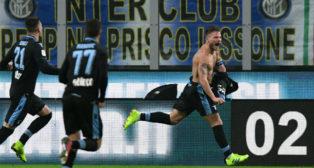 Immobile celebra su gol al Inter en la Copa de Italia (AFP)