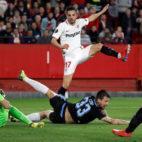 Sarabia marca el segundo gol del Sevilla - Lazio (EFE)