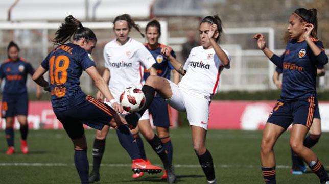 Lance del Sevilla Femenino-Valencia (LaLiga)