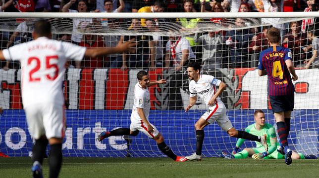 Navas celebra su gol en el Sevilla FC -Barcelona (EFE)