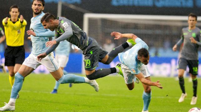 Theo cae derribado en el Celta-Real Sociedad (Foto: ABC)