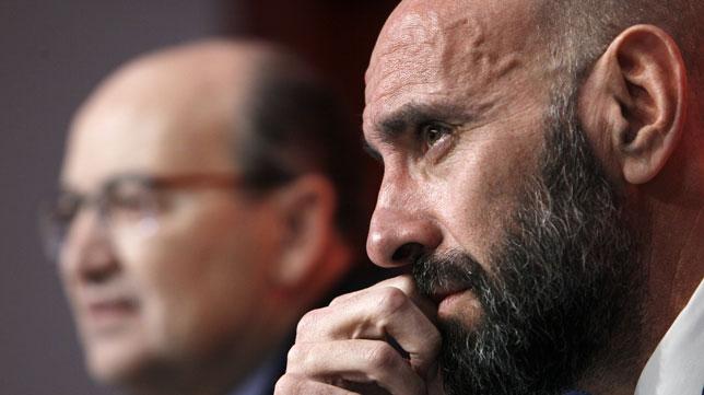 Monchi, en su presentación como director general deportivo (Foto: Manuel Gómez/ABC)