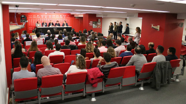 Imagen del I Encuentro de Profesionales de Psicología del Deporte (SFC)