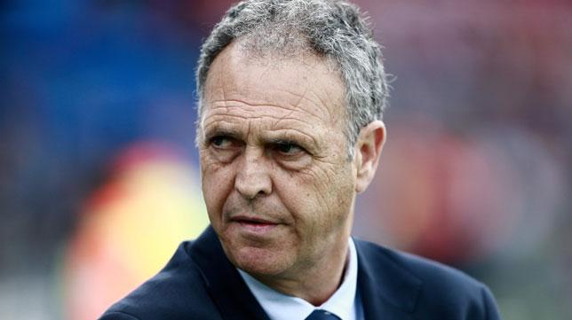 Joaquín Caparrós deja de ser entrenador del Sevilla FC