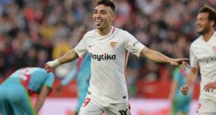 Munir celebra uno de sus goles en el Sevilla-Rayo (AFP)