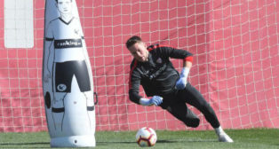 Vaclik, en el entrenamiento del Sevilla FC (Foto: Juan José Úbeda).