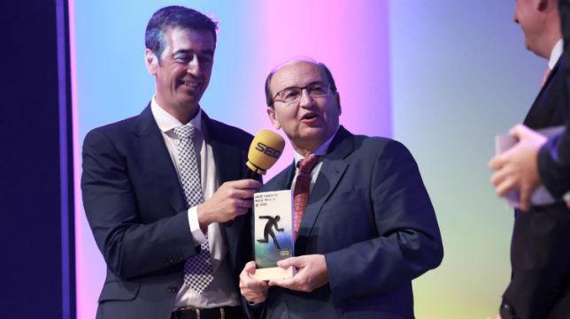 Castro, en la Gala de Libre y Directo, de Radio Sevilla