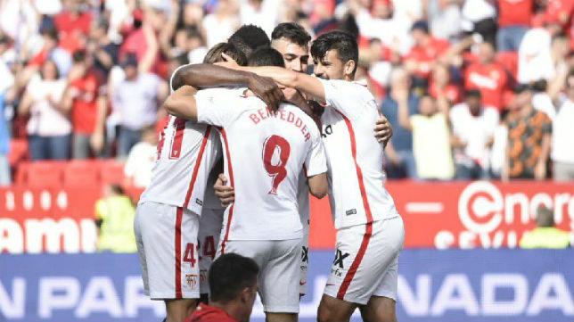 Los jugadores del Sevilla FC celebran el segundo tanto ante el Athletic. Foto: Sevilla FC