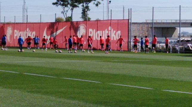 Entrenamiento del Sevilla en la ciudad deportiva