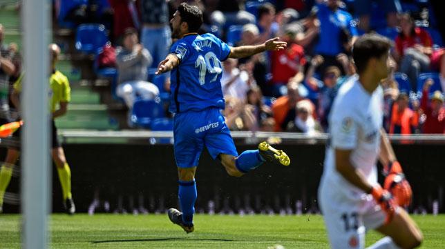 Jorge Molina celebra el 1-0 en el Getafe-Girona (AFP)