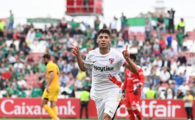 Pepe Mena celebra el 1-0 en el Sevilla Atlético-Real Murcia (SFC)