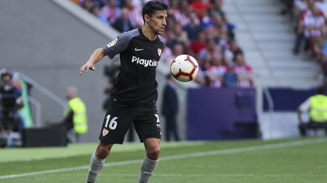 Jesús Navas, en un lance del Atlético-Sevilla (EP)