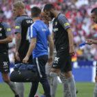 Sergi, Kjaer y Sarabia, durante el Atlético-Sevilla