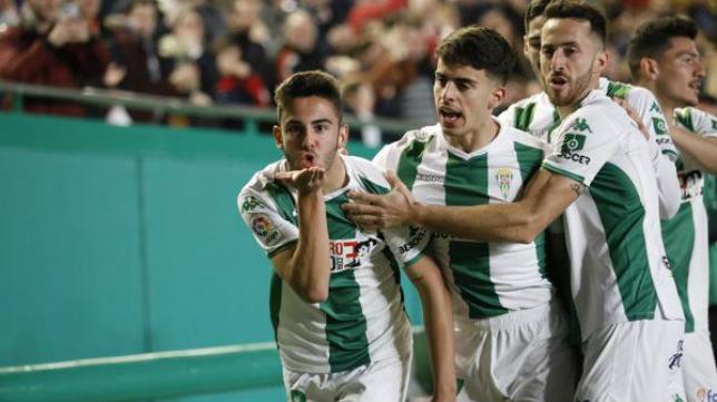 Andrés Martín celebra un gol con el Córdoba