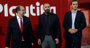 José Castro, Monchi y Julen Lopetegui, durante el acto de Fieles de Nervión (Foto: Manu Gómez).