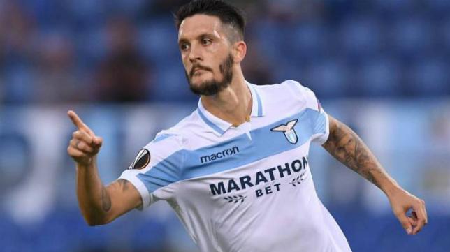 Luis Alberto celebra un gol con la Lazio