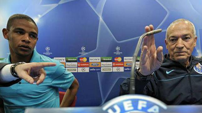 Jesualdo Ferreira y Fernando, en una rueda de prensa con el Oporto